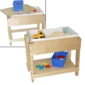Petite Sand and Water Table with Lid/Shelf